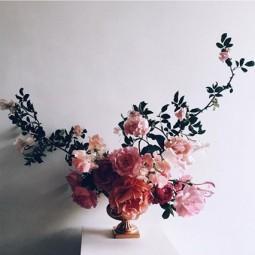 Flowers house 16may16 instagram aesmeflowers_b_426x639.jpg