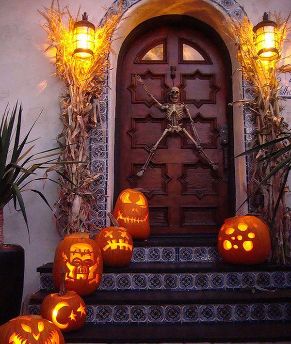 Gruuuselige Eingangstur Deko Fur Halloween Nettetipps De