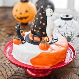 Halloween_torte 682x1024.jpg