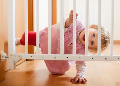 20 geniale ideen f r kindersicherung. Black Bedroom Furniture Sets. Home Design Ideas