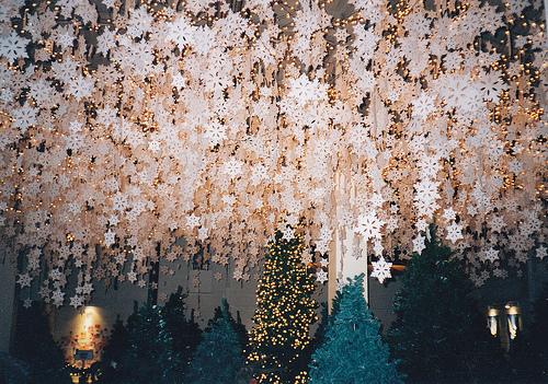 49526 snowflake decorations.jpg