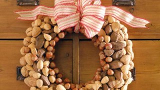 Nut wreath.jpg