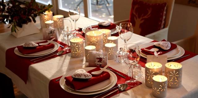 19 tolle tipps f r eine gelungene tischdekoration zu weihnachten. Black Bedroom Furniture Sets. Home Design Ideas