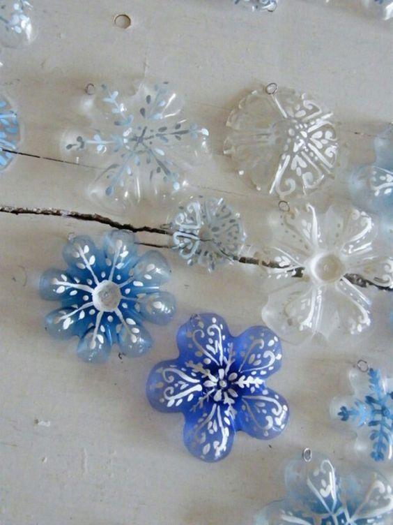 Schneeflocken Aus Plastikflaschen Basteln Nettetippsde