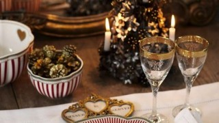 Christmas table settings you gonna love 12 554x856.jpg