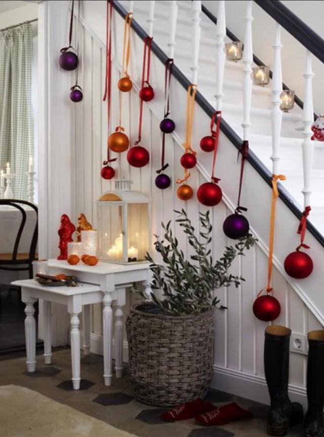 Treppengeländer weihnachtlich schmücken - nettetipps.de