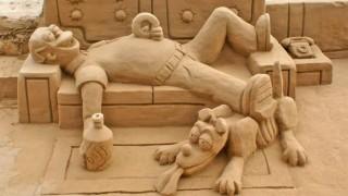 Kunst skulptur aus sand moderne kunst.jpg
