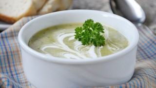 Zucchinisuppe 1.jpg