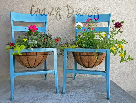 Alte Stuhle Als Gartendeko Nettetipps De