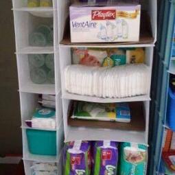wickeltisch und baby kleiderschrank organisieren. Black Bedroom Furniture Sets. Home Design Ideas