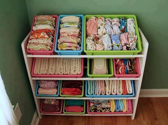 wickeltisch und baby kleiderschrank neu organisieren. Black Bedroom Furniture Sets. Home Design Ideas