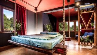 Hanging beds by wiktor jazwiec 02.jpg