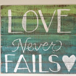 Two color ombre wood pallet sign diy wall decor ideas.jpg