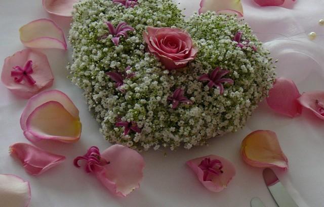 Romantische Dekoration Mit Blumen