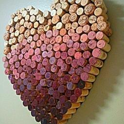 Diy wine cork heart.jpg