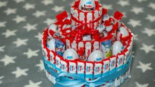 Kinderschokolade torte 11 1.jpg