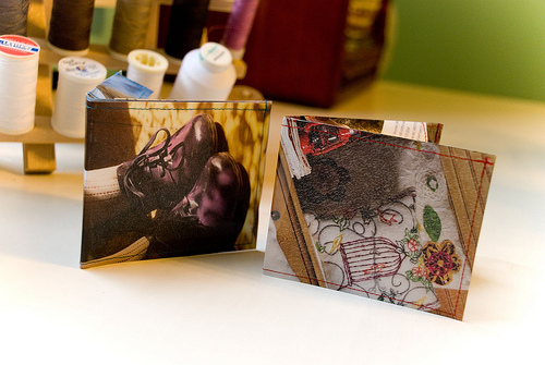 Recycled magazine wallet.jpg
