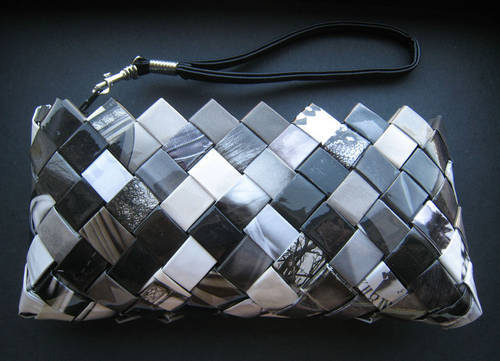 Weave yourself a classy magazine page wristlet.jpg
