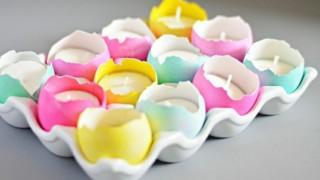 Basteln fuer ostern und fruehling kerzen eierschalen bunt gestaltung einfach.jpg