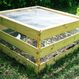 Easy construction square compost bin.jpg