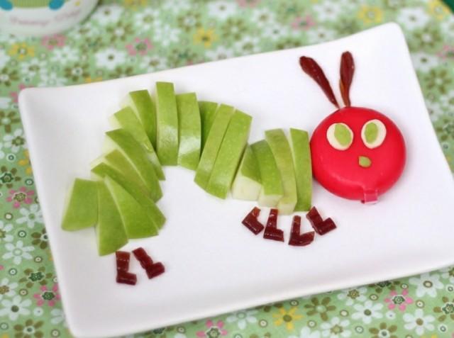Essen kinder raupe basteln apfel babybel insekten zubereiten obst.jpg
