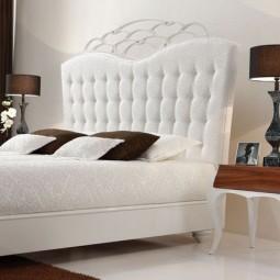 Idee originale tete de lit idee couleur blanche ornament.jpg