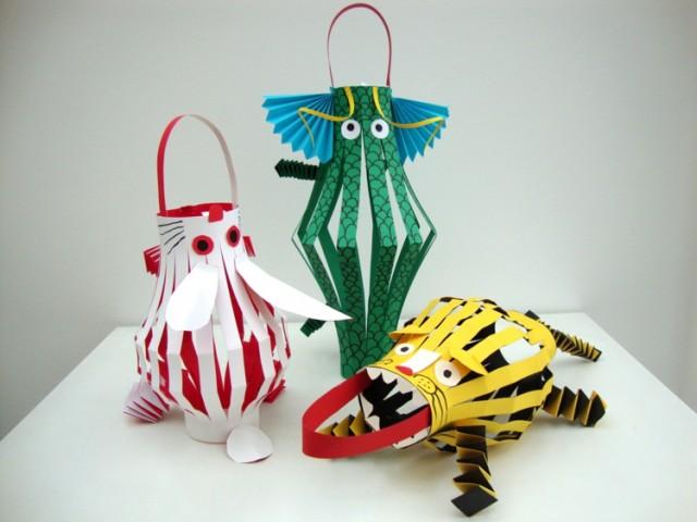 Laterne selber basteln einfach papier tiere tiger vogel oktopus farbig.jpg