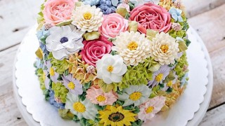 Spring colourful buttercream flower cakes 34 58d8bc3118a37__700.jpg