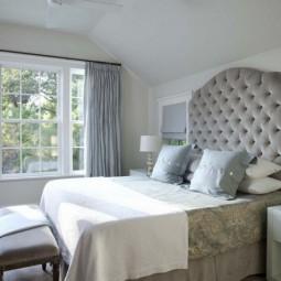 Tete de lit capitonnee gris clair.jpg