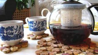 Wine corks craft ideas coasters 1.jpg