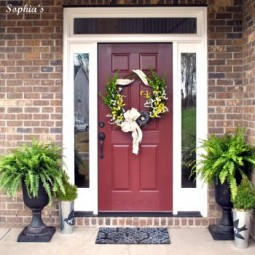 12 ways to spring up your front porch6 350x358.jpg