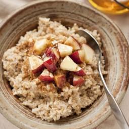 54ebe2c0cd6dd_ _10 oatmeal with apple pecans cinnamon xl.jpg