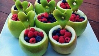 7f3d197031425d82b2f6b1435d59ecd5 apple fruit fruit art.jpg