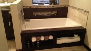 10 simple space saving bathroom solutions homesthetics 4.jpg