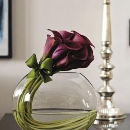 blumen in der vase kreativ arrangieren. Black Bedroom Furniture Sets. Home Design Ideas