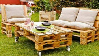 38 insanely smart and creative diy outdoor pallet furniture designs to start homesthetics decor 26.jpg