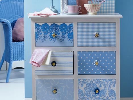 alte schr nke versch nern. Black Bedroom Furniture Sets. Home Design Ideas