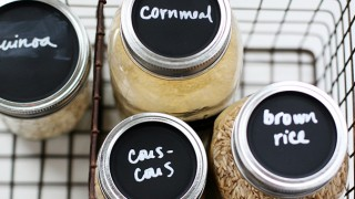 Chalkboard mason jar lids.jpg