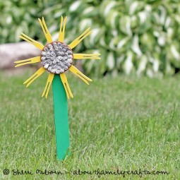 Clothespin sunflower.jpg