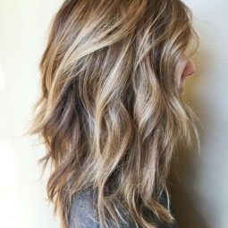 Easy shoulder length hairstyles for thick hair 2017 blonde brown balayage hair styles 1.jpg