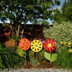 Hubcap flowers.jpg