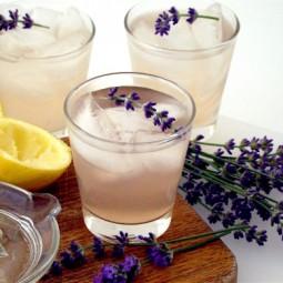 Levandulova limonada.jpg