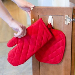 Oven mitts.jpg