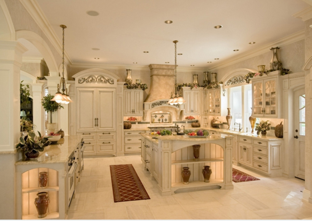 Colonial Kitchens Custom Cabinets