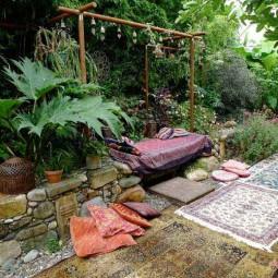 34 colorful bohemian garden designs to embrace 2.jpg