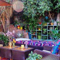 34 colorful bohemian garden designs to embrace 3.jpg