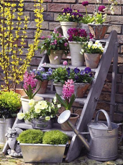B3a2f434b40c025ee3c4b2440e671460 garden container garden planters.jpg