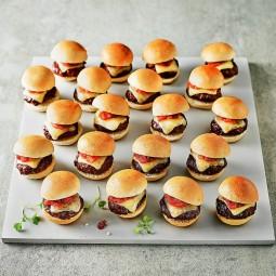Fingerfood kindergeburtstag herzhaft abendbrot mittagessen mini burger.jpg