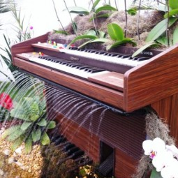 Old piano turned into outdoor fountain2.jpg