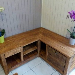 Pallet corner table or cabinet.jpg